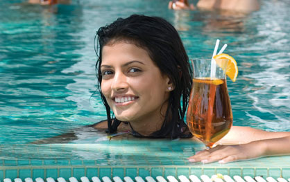 Pool bar tea experience